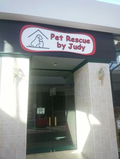 The adoption center for Pet Rescue by Judy at Oviedo Mall.  Judy Amarillo is a Saint right here in Central Florida! #PRBJ #PetRescuebyJudy #rescueanimals #dogs #Orlando #OviedoFL #OrlandoFL #rescuedogs #lovefl