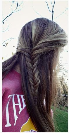 Half Up Side Braid - Hairstyles How To