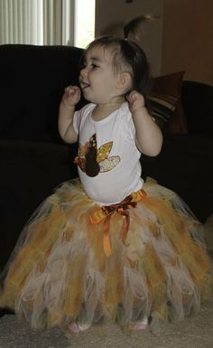 Tutu Tutorial:  cute no-sew tutu can be made in any color to match any outfit or holiday