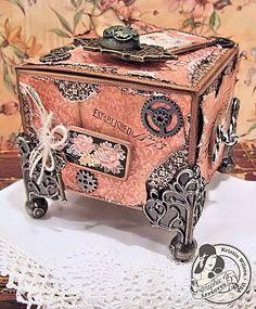 Kristin Wilson Handmade: Graphic A Ladies Diary Cigar Box Crafts, Cigar Box Purse, Altered Cigar Boxes, Decoupage Box, Pillow Box, Explosion Box, Dollar Store Crafts, Graphic 45, Keepsake Boxes