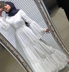That dress is gorgeous veil elbise🙊b I speak for the silent body ❤️❤️ 36 38 40 42 44 Price Turkiyenin cargo door payment to each province . Hijab Dress Party, Hijab Outfit, Dress Outfits, Casual Dresses, Mode Abaya, Mode Hijab, Islamic Fashion, Muslim Fashion, Abaya Fashion