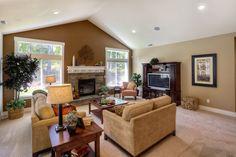 warm & cozy great room design