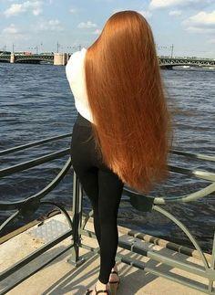 Health Hair Care Advice To Help You With Your Hair. Do you feel like you have had way too many days where your hair goes bad? Anime Long Hair, Long Dark Hair, Thick Hair, Long Hair Models, Rapunzel Hair, Beautiful Red Hair, Glossy Hair, Really Long Hair, Silky Hair