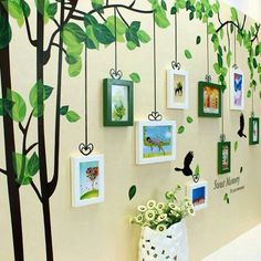 Kars Akyaka Gazi Mustafa Kemal Kindergarten Saisonbaum - of the day ideas Decoration Creche, Baby Dekor, Diy And Crafts, Crafts For Kids, Photo Wall Decor, School Murals, School Displays, Church Nursery, School Decorations