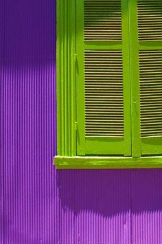 Purple & green are my favorite colors. ..great inspiration for www.smartcreativestyle.com