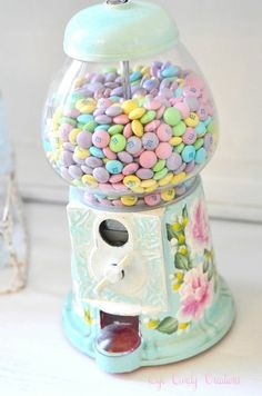 Love gumball machines, even better with M&M's !