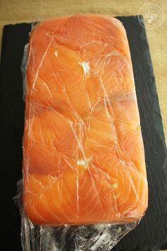 Salmon Y Aguacate, Salmon Dishes, Sandwiches, Food And Drink, Fish, Salmon Rosado, Empanadas, Wellness, Natural