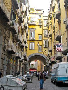 Napoli - Port'Alba. Italy (Italia)