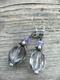 Handmade original earrings made by tiffany technique with tin and silver, crystal gamstone and czech crystal bead..Do you like them? Do you want them?..Do you have some questions? please let me know :)