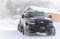"""Dashing through the snow. Chevy 2500hd, Chevy Duramax, Chevy Pickup Trucks, Gm Trucks, Chevrolet Trucks, Diesel Trucks, Lifted Trucks, Cool Trucks, Silverado Z71"