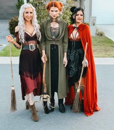 101 Costumes For Adults to DIY on the Cheap This Halloween Sick of spending way too much time googling DIY costume ideas? Well, you're in luck. We spent hours scrolling through every corner of the Internet to dig up Hocus Pocus Halloween Costumes, Halloween Costumes For Teens, Diy Costumes, Witch Costumes, Couple Costumes, Pirate Costumes, Group Costumes, Cheap Costume Ideas, Adult Costumes