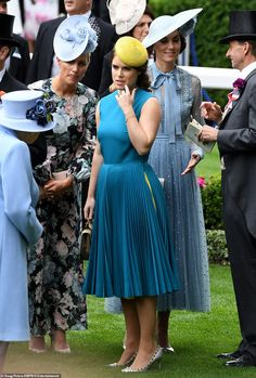 Princess Eugenie of York Attends Royal Ascot Day 1 — Royal Portraits Gallery Royal Ascot, Beauty And Fashion, Royal Fashion, Duchess Of Cornwall, Duchess Of Cambridge, Kate Middleton, Fascinator, Eugenie Of York, Sarah Ferguson
