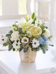 Winter White Sparkle Arrangement - very calming colours Christmas Flower Delivery, Best Flower Delivery, Online Flower Delivery, Flower Delivery Service, Christmas Flowers, Winter Flowers, Valentines Flowers, Mothers Day Flowers, Anniversary Flowers