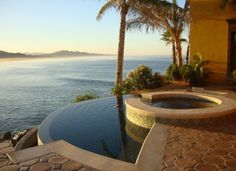 There are hot tubs... and then there are HOT TUBS!  Hacienda Cerritos in Mexico