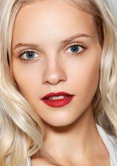 Natural make up + bright lips ♥Click and Like our Facebook page♥ Red Lip Makeup, Makeup For Brown Eyes, Hair Makeup, Eye Makeup, Makeup Geek, Summer Lipstick, Bold Lipstick, Red Lipsticks, Beauty Make-up