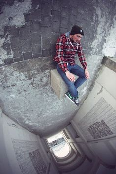 forced perspective photography angles 21 No Photoshop here, just clever photography (30 Photos)