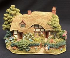 Lilliput Lane House   MeadowSweet Cottage