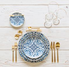 Sunday morning stacks of blue gold 💙 With our Transatlantica Dinnerware Rondo Flatware in Brushed Gold Chloe Gold Rimmed Stemware Gold Salt Cellars Tiny Gold Spoons Dining Ware, Table Set Up, Deco Table, Decoration Table, Organizer, Blue Gold, Tabletop, Home Accessories, Decorative Accessories