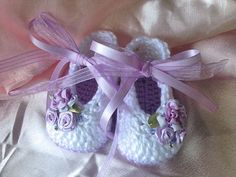 Lavender Crochet Booties Crochet Baby Girl by TippyToesBabyDesigns
