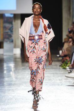 Stella Jean Spring 2020 Ready-to-Wear Fashion Show - Vogue Fashion 2020, Runway Fashion, Spring Fashion, Fashion Outfits, Womens Fashion, Fashion Trends, Ankara Fashion, Style Fashion, Fashion Inspiration