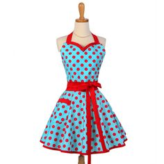 Although I haven't worn an apron in years, I would be eager to do so if I had one as pretty as this one. So cute!