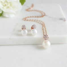 pearls simple and classic, sweet way to ask your friends to be your bridesmaids - Adriana Spark Bridal Gold Bridal Earrings, Bridesmaid Earrings, Bridesmaid Gifts, Wedding Jewelry, Bridesmaids, Bridesmaid Proposal, Rose Necklace, Necklace Set, Bridal Gifts