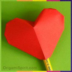 Post image for Un corazón inflable en origami, desde la Ciudad de México