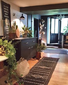 die besten 25 k che neu gestalten wenig geld ideen auf pinterest kleine. Black Bedroom Furniture Sets. Home Design Ideas