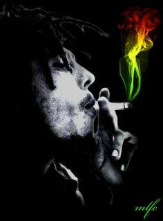 Reggae Art, Reggae Style, Bob Marley Art, Bob Marley Quotes, Damian Marley, Hannya Samurai, Bob Marley Smoking, Rasta Art, Bob Marley Pictures