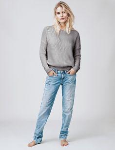 Tolle #Mode findet ihr bei #HilfigerDenim bei uns in der #EuropaPassage! #Look #Plonnimonni #ShopsInDerEuropaPassage #EuropaPassageHamburg #fashion #feminine, #stylish and #chic.