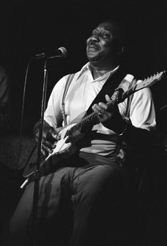 1978– Blues great Muddy Waters