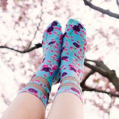 "Living Royal Socks (@livingroyal) on Instagram: ""So many floral prints! We're in love 😍🌸🌸🌸🌸"""