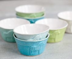Lill-Sven - breakfast bowl via Mia Blanche Keramik. Click on the image to see more!