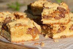 Carrés avec pâte à biscuits et Caramilk Barres Dessert, Caramel, Arbonne, Mousse, Brownies, Muffin, Cookies, Breakfast, Four