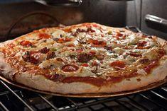 Papa Johns Pizza Copycat dough, also has good pizza sauce recipe. Copycat Recipes, Pizza Recipes, Lunch Recipes, Dinner Recipes, Meal Recipes, Dinner Ideas, Puzza Dough Recipe, Papa Johns Recipe, Italian Recipes