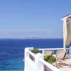 "La Maison Blanche on Instagram: ""Blue, white and yellow.. Rebirth ❤️🌟🙏"" Vacation Villas, Mykonos, Outdoor Furniture, Outdoor Decor, Sun Lounger, Yellow, Blue, Instagram, Home Decor"