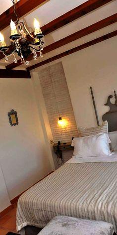  LA MOZAIRA   Hotel de lujo La Mozaira, cerca del aeropuerto de Manises, habitación Pilar  