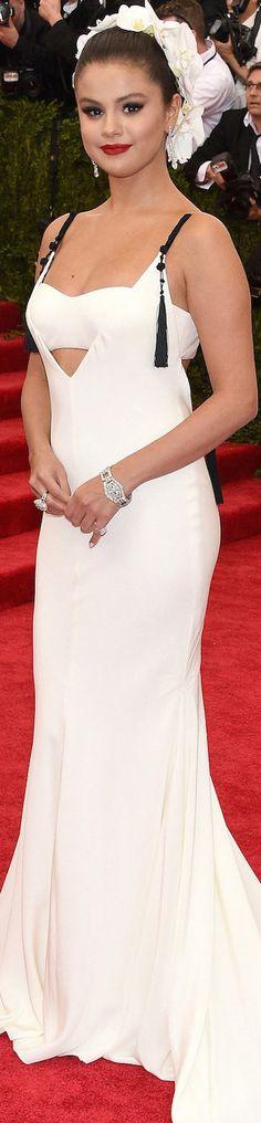 Selena Gomez in Vera Wang 2015 Met Gala | House of Beccaria~