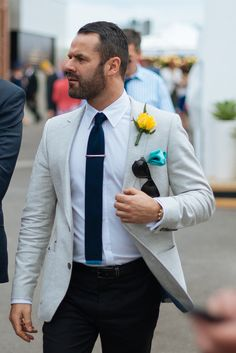 Street style: Men In This Town Mens Fashion Blog, Best Mens Fashion, Daily Fashion, Love Fashion, Style Fashion, Look Street Style, Street Style Blog, Melbourne Cup Fashion, Grunt Style