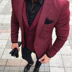 50 ideas sport shoes with jeans mens fashion for 2019 Mens Fashion Suits, Mens Suits, Men's Fashion, Look Man, Shirt Tucked In, Dapper Men, Shoes With Jeans, Jackett, Suit And Tie