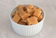 Hjemmelavede flødekarameller i mikroovn - Færdige på under 10 minutter!