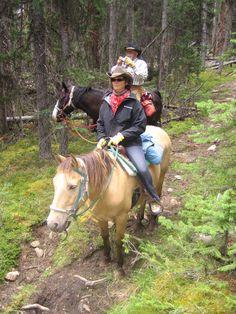 Paardrijdtocht door de Rockies