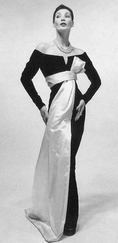 Yves Saint Laurent for Christian Dior, 1955 Vintage Glamour, Vintage Dior, Vintage Mode, Vintage Couture, Vintage Beauty, Christian Dior Vintage, Vintage Hats, 1950s Style, Vintage Outfits