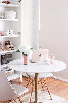 feminine home office. Home office ideas Home Office Space, Office Workspace, Home Office Design, Home Office Furniture, Home Office Decor, Home Decor, Office Setup, Office Jobs, Cozy Office