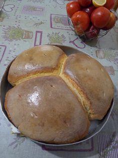 """Νόστιμη συνταγή μαγειρικής από """"Ρουλα Λυρου-ΟΙ ΧΡΥΣΟΧΕΡΕΣ / ΗΔΕΣ"""" ΥΛΙΚΑ 2 κιλά αλευρι(1μιση κιλο σκληρο και 500 γρ. μαλακο) 300 γρ. προζυμι 1 κουταλια αλατι Χλιαρο νερο για μια μαλακη ζυμη. Εκτέλεση Απο το βραδυ, βαζουμε το αλευρι Bread, Food, Brot, Essen, Baking, Meals, Breads, Buns, Yemek"""