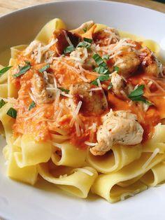 Pasta Recipes, Cooking Recipes, Healthy Recipes, Pasta Menu, Tagliatelle Pasta, Sausage Pasta, Tapas, Italian Recipes, Good Food