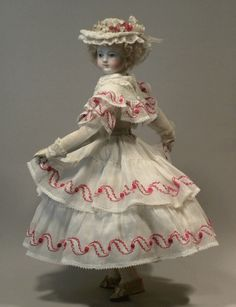sm-chiffonette. Beautiful reproduction doll clothes