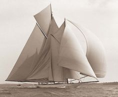 Rainbow (William Starling Burgess was a yacht designer, aviation pioneer, and naval architect) Classic Sailing, Classic Yachts, Classic Boat, Yacht Boat, Yacht Design, Sail Away, Wooden Boats, Tall Ships, Water Crafts