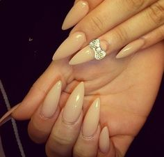 ;o i`m falling in love in this nails