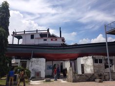 Boat on the roof. Tsunami, Allah, Travelling, Museum, Boat, Explore, Mansions, House Styles, Home Decor